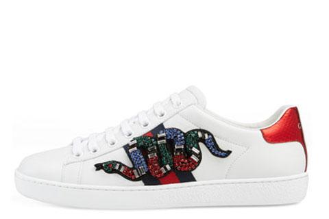 1fe3c6359db Dames schoenen van diverse merken - Sneakerstad