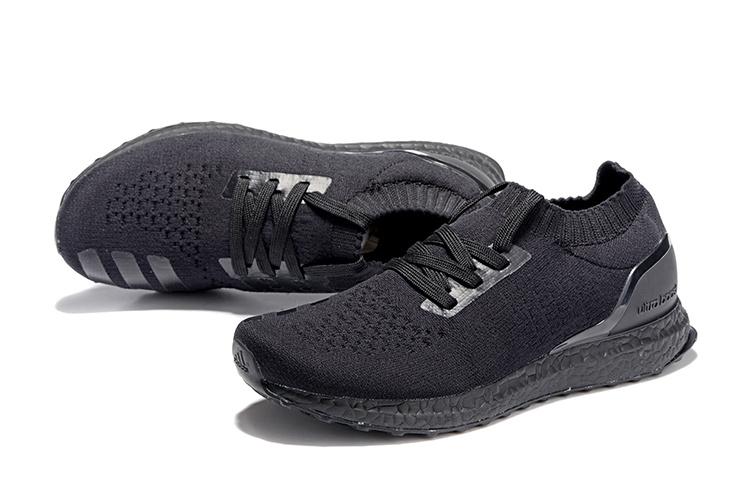 adidas ultra boost triple black kopen