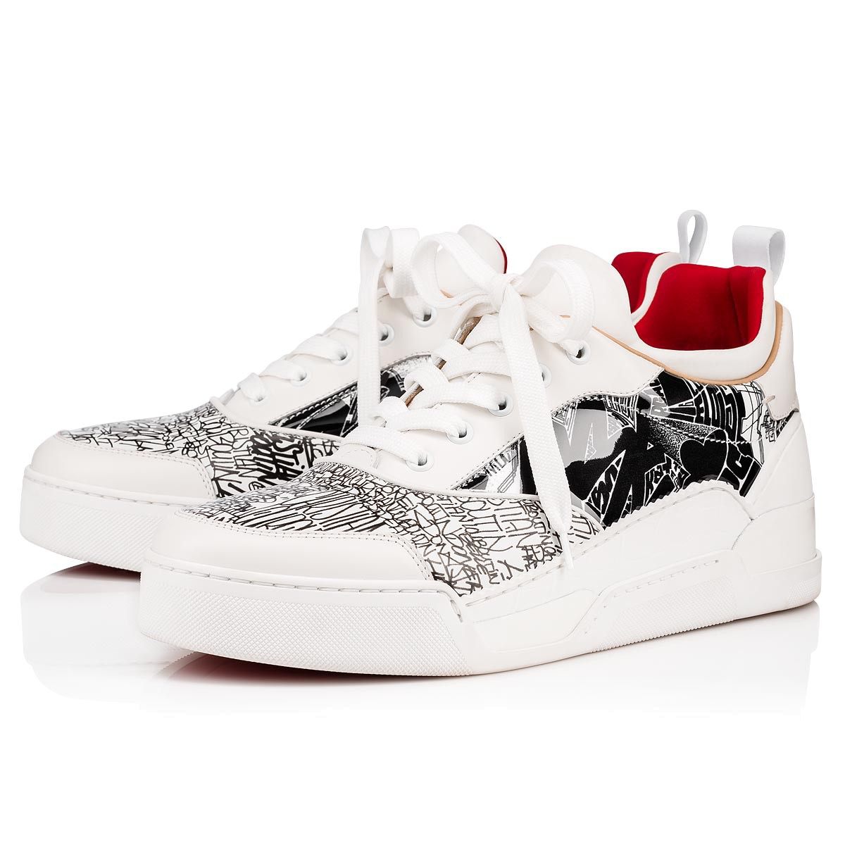 super popular af0fb 0236e Christian Louboutin Aurélien Unisex Sneakers - Zwart/Wit in SneakerStad