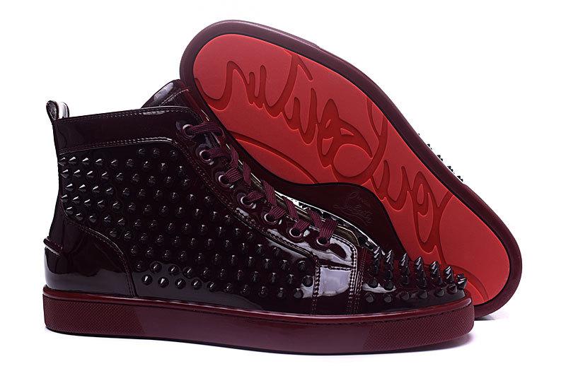 best website be346 b4f09 Christian Louboutin Spike Unisex Sneakers - Bordeauxrood - Sneakerstad