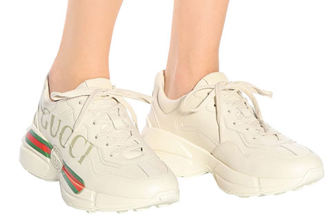 eee1570175b Gucci Rhyton Gucci Logo Leather Unisex Sneakers - Beige/Rood/Groen ...