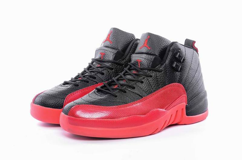 Nike Air Jordan Retro 12 Dames Sneakers - Zwart/Rood