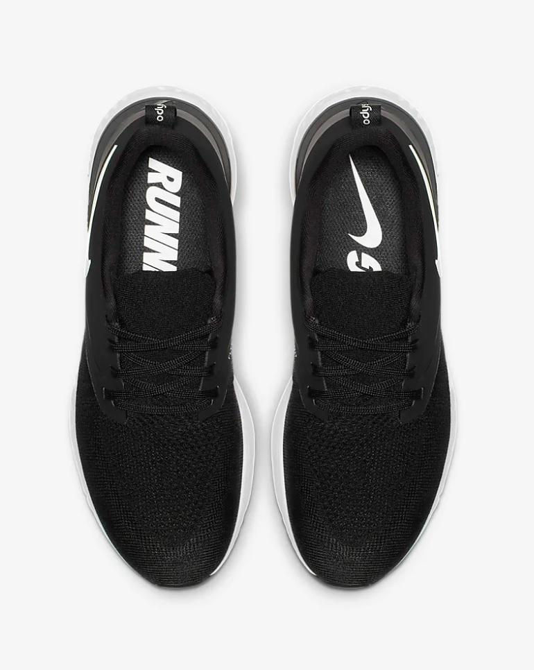 Nike odyssey epic react flyknit 2 dames sneakers zwartwit