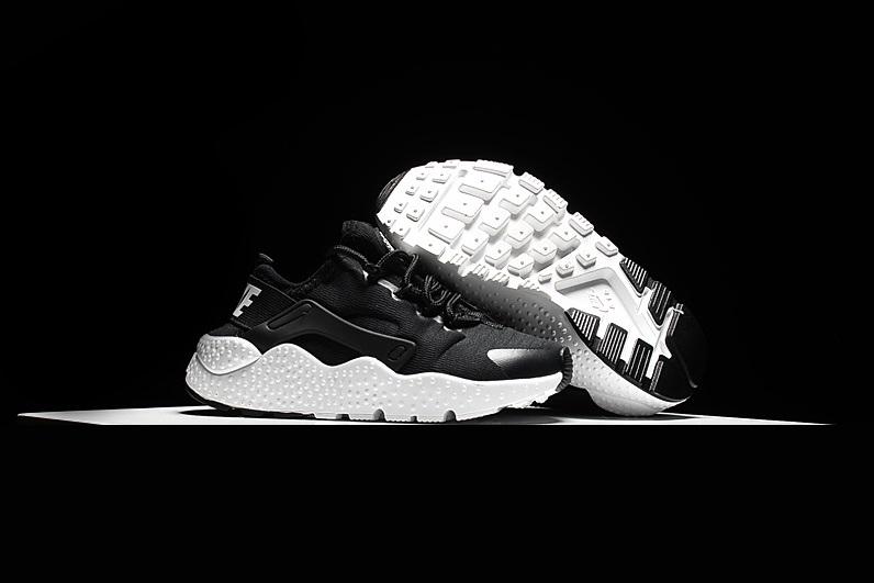 Nike Air Huarache Ultra Kinder Sneakers ZwartWit