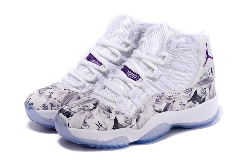 Nike Air Jordan 11 Retro Dames Sneakers - Wit/Zwart/Paars/Print