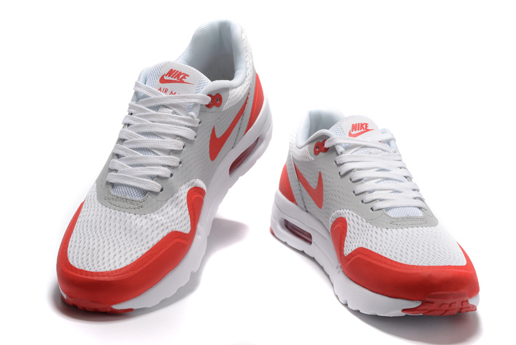 27ccc73f4e7 Nike Air Max 1 Ultra Essential Heren Sneakers @ Sneakerstad