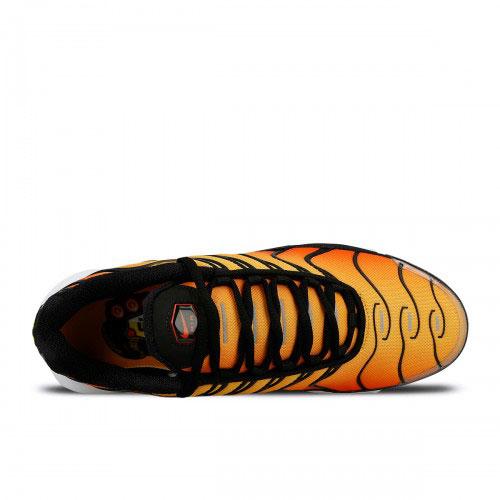 e35addfcd2b Nike Air Max Plus OG Unisex Sneakers - Oranje/Zwart/Wit - SneakerStad
