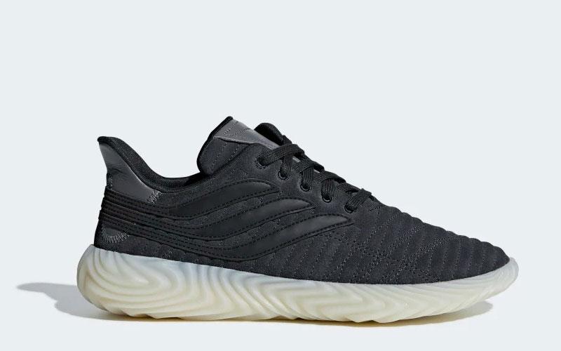 Adidas sobakov sneakers zwart Vind je in Sneakerstad