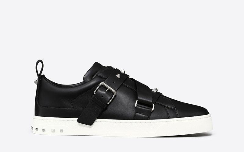 7c5917f5cccb39 Valentino Garavani v-punk heren sneakers zwart/wit - Vind je in ...