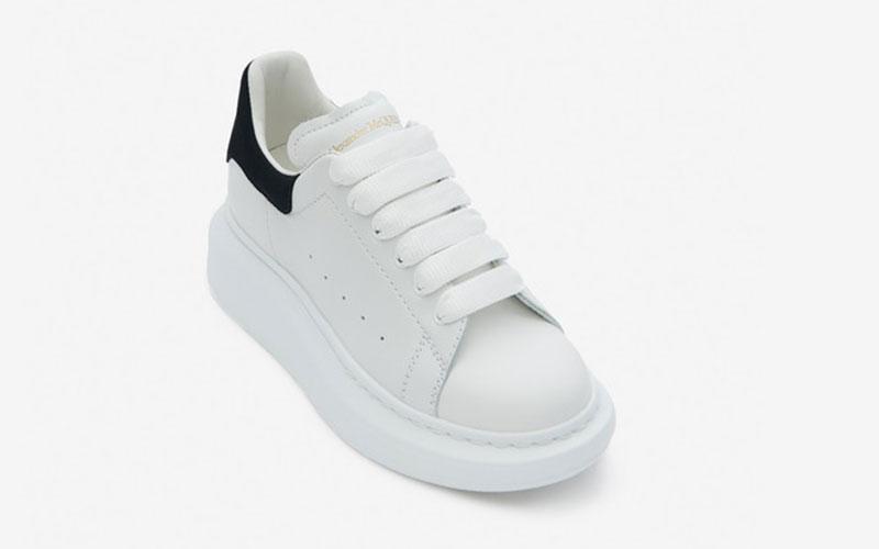 Alexander McQueen oversized kinder sneakers witzwart