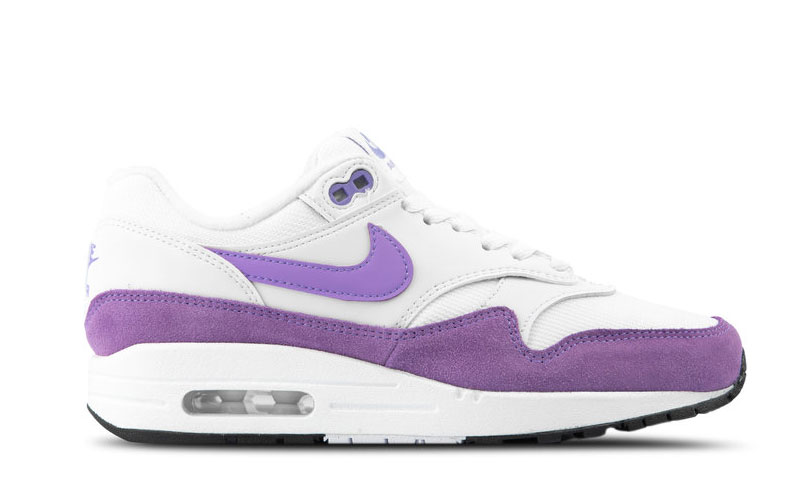 Nike air max 1 dames sneakers wit/paars vind je in Sneakerstad